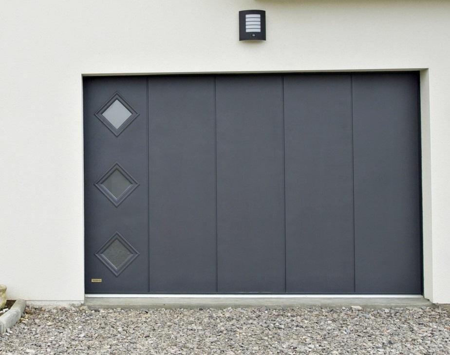 porte de garage enroulement sectionnelle et lat rale. Black Bedroom Furniture Sets. Home Design Ideas